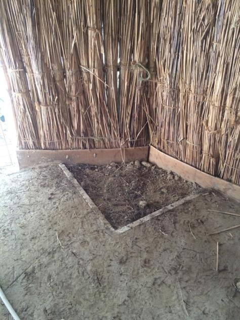 coop floor dust box